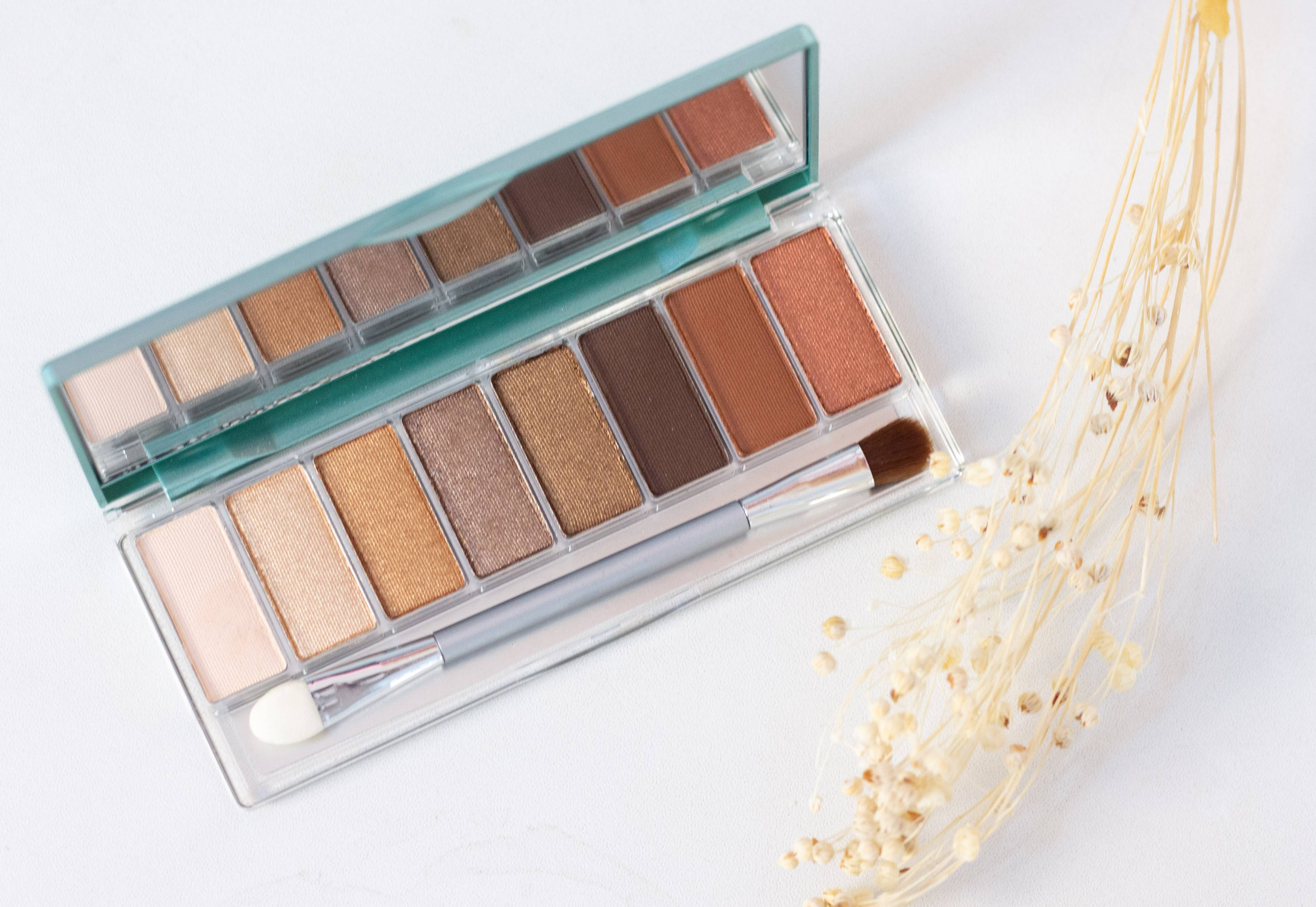 Review Wardah Exclusive Series : Flawless Cover Cushion, Eyeshadow Palette & Blush On