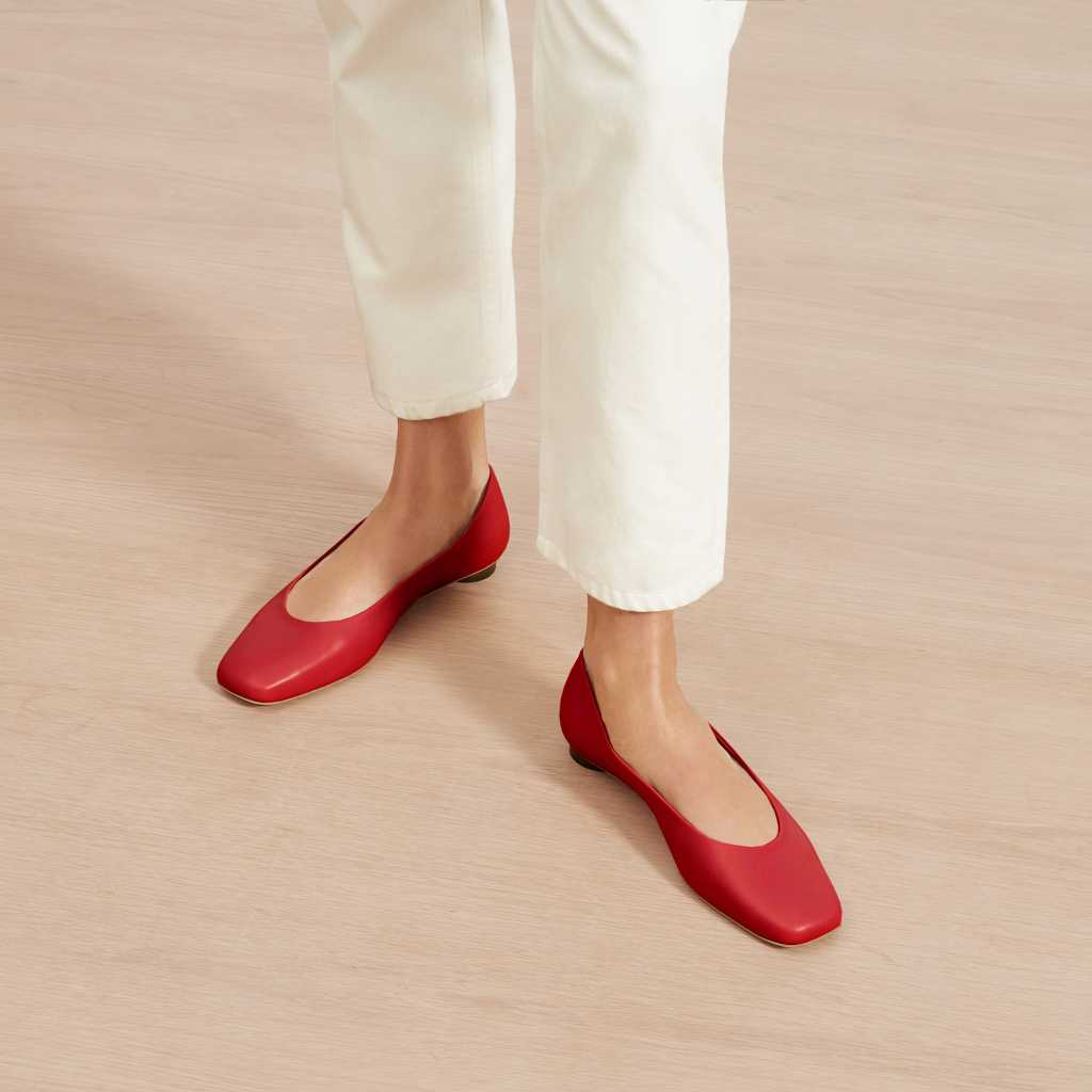 Upgrade Your Style with These 3 Must-Have Footwears!