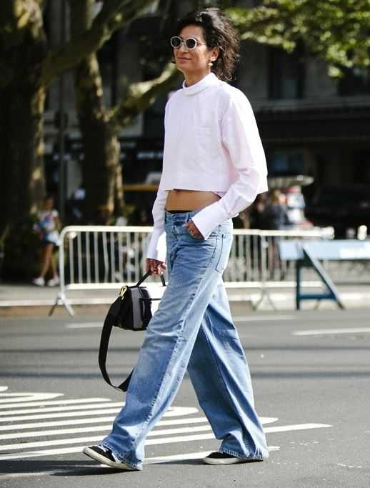 3 Cool Denim Pants to Wear This Year